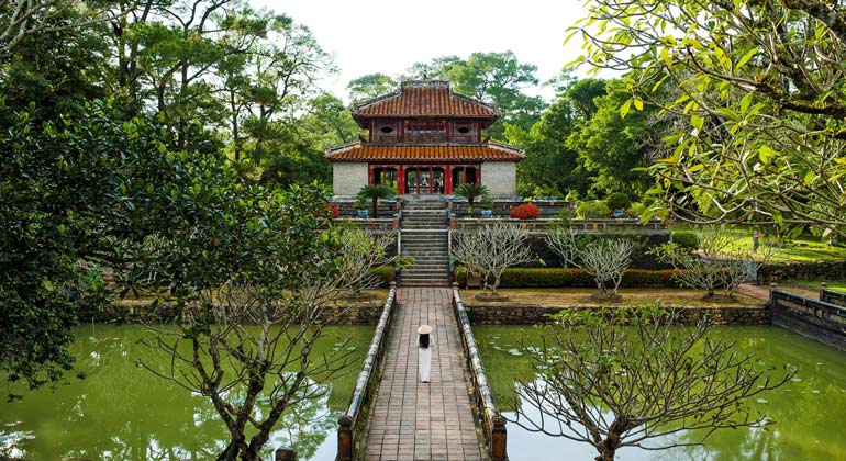 Day trips from Hue - Minh Mang Emperor's Tomb