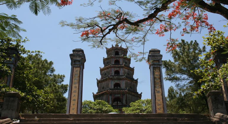 Day trips from Hue - Thien Mu Pagoda