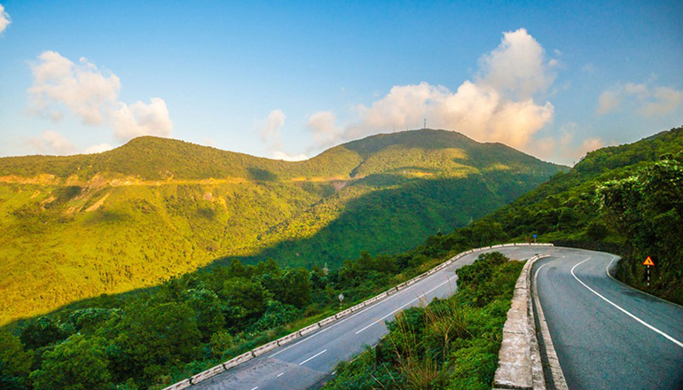 Da Nang to Hue Day Trip - Day trips from Da Nang - Hai Van Pass
