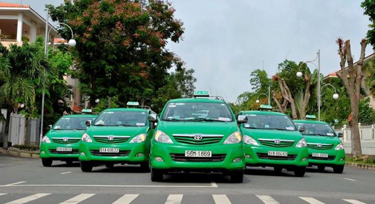 Should use Da Nang to Hoi An taxi or not
