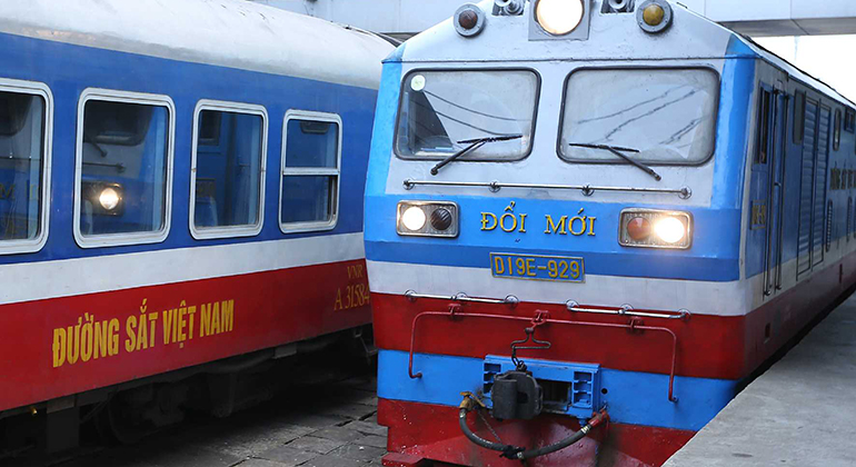 Best alternative to Hue to Hoi An train