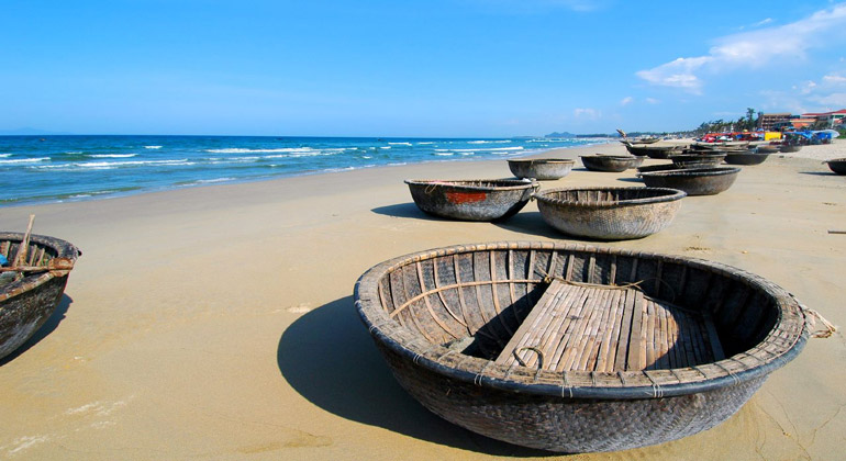 the closest airport to Hoi An