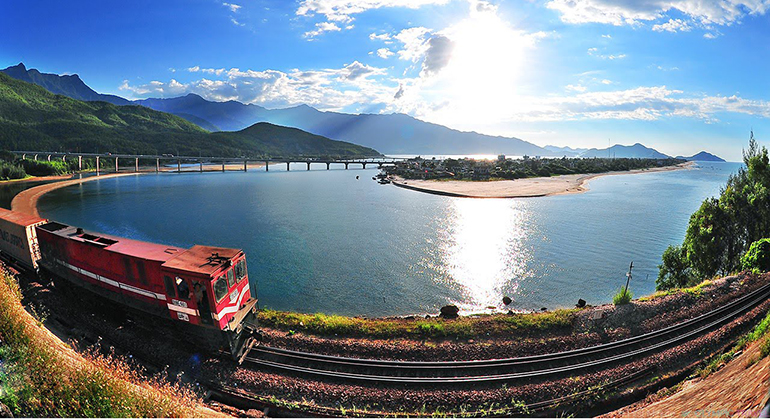 Hue to Danang Train: Is it the best choice?