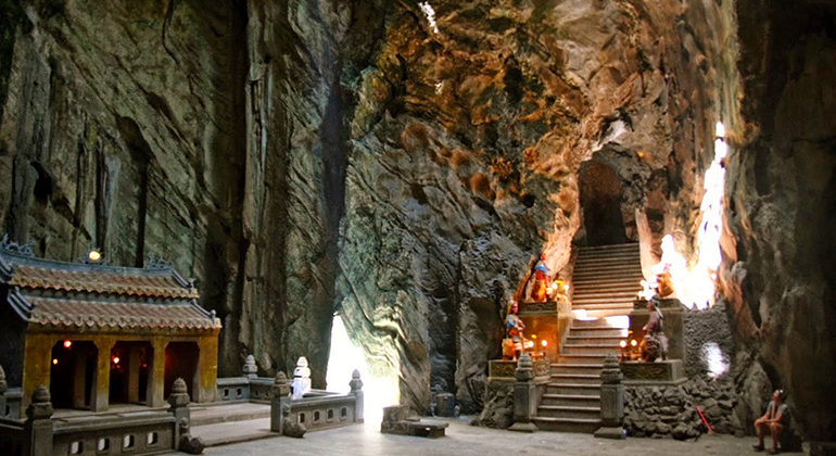 Things to do in Danang and Hoi an - Explore the caves and grottoes of Marble Mountain