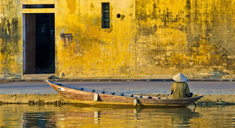 Hoi An Vietnam Airport - Where is it? - Hoi An Old Town Boat