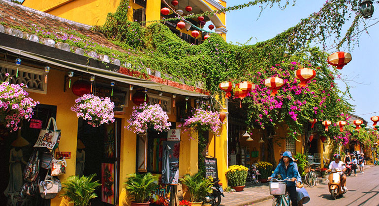 best time to visit Hoi An - Best month to visit Hoi An 2