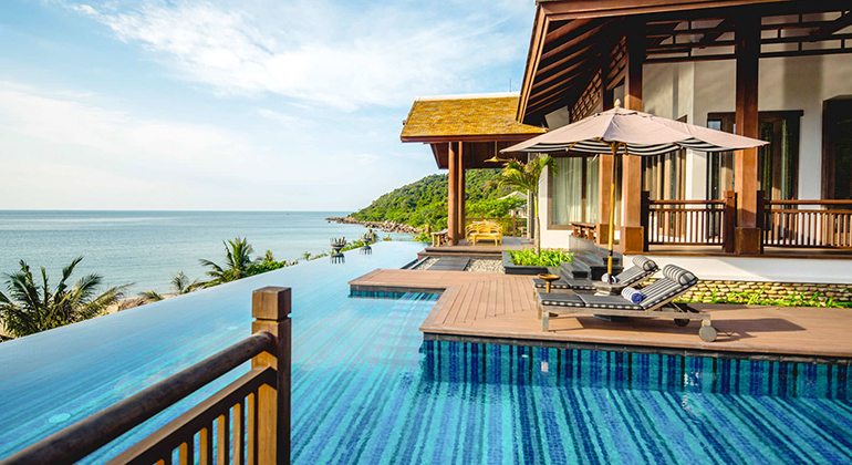 Best Place to Stay in Da Nang - Best area to stay in Danang - Son Tra Peninsula