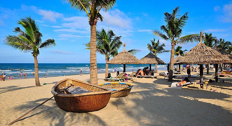 Is Danang worth visiting? - My Khe Beach