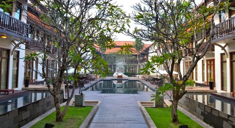 Where to stay in Hoi an: Beach or Town? - Anantara Hotel