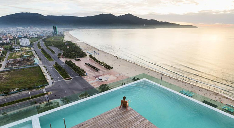 Where to stay in Da Nang? - A La Carte Danang Beach