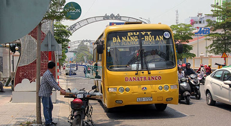 Bus from Danang Airport to Hoi an