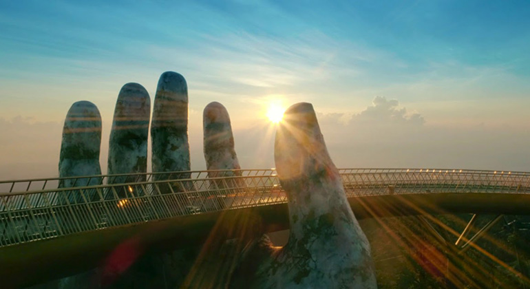 Sunset at Golden Bridge Ba Na Hills tour