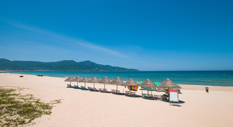 My Khe Beach - The best beach in Danang