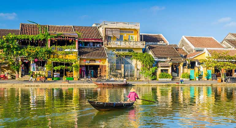 Hoi An to Quy Nhon by private car 1