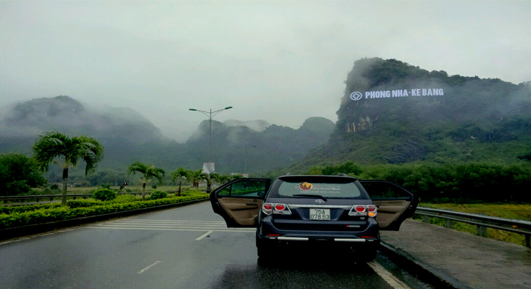 Phong Nha to Da Nang by private car 1
