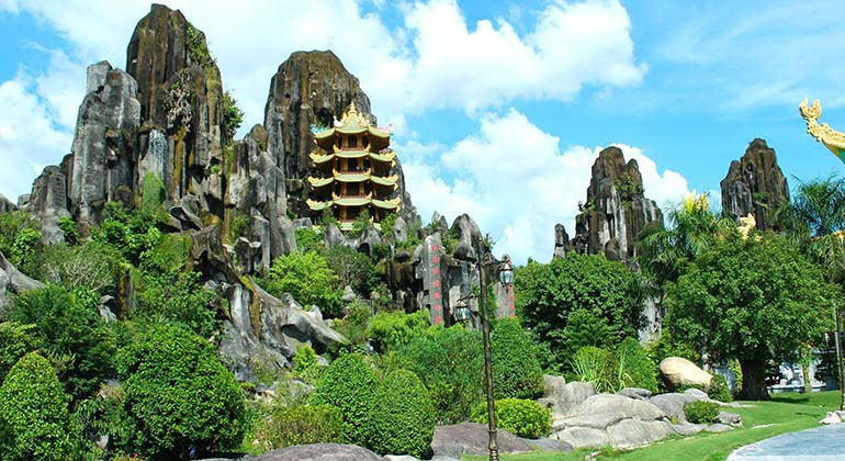 Danang - Hue -Hoi An 4 days by private car 6