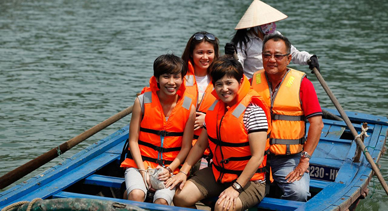 Halong Bay 1 day tour - Sampan boat