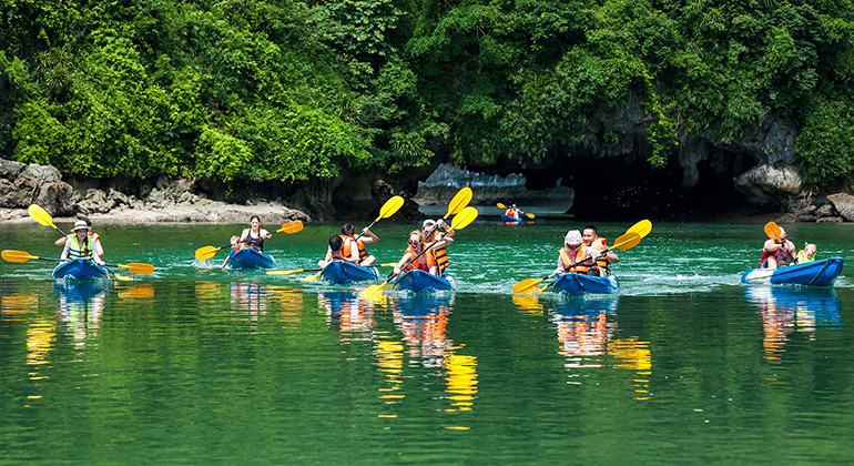 Halong Bay 1 day tour - kayakking