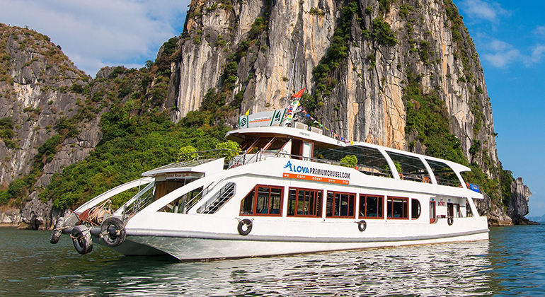 Halong Bay 1 Day – Alova Premium Cruises